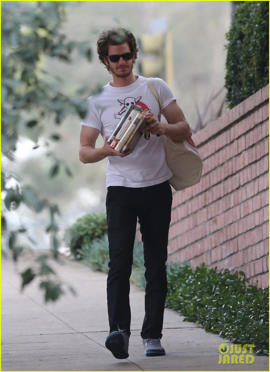 andrew garfield local library stop 07