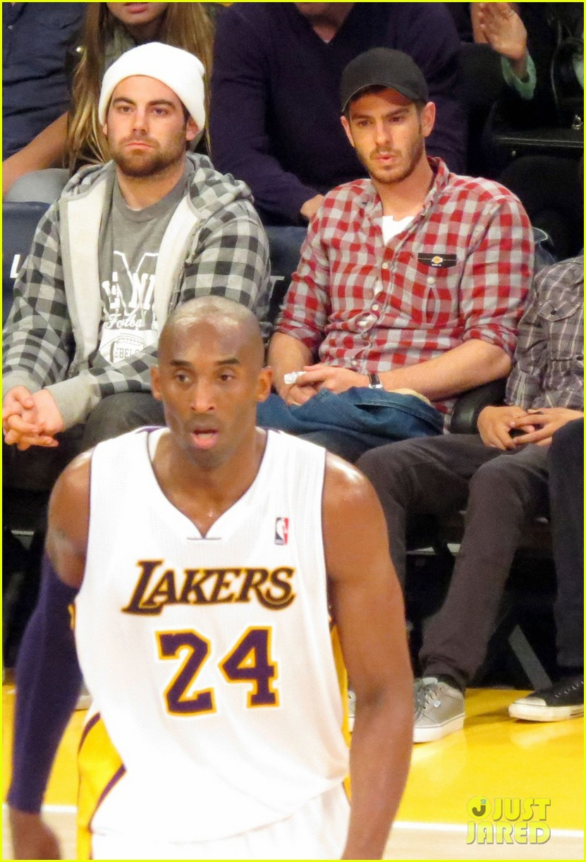 andrew garfield patrick schwarzenegger lakers guys 012773330