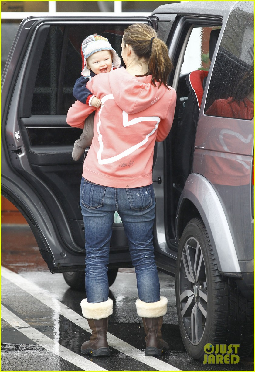 jennifer garner breakfast with bens mom 25