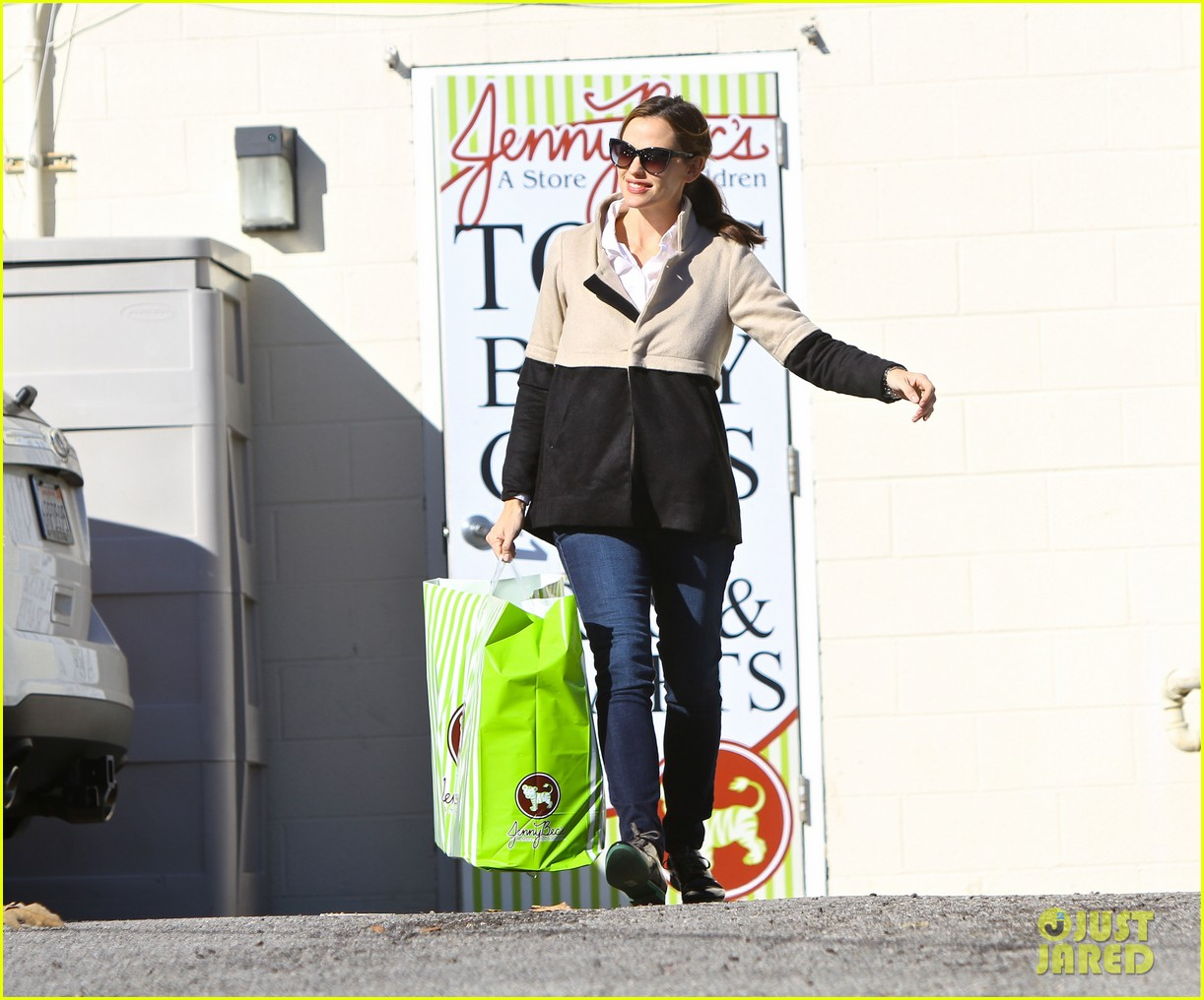 jennifer garner shopping with samuel 032778853