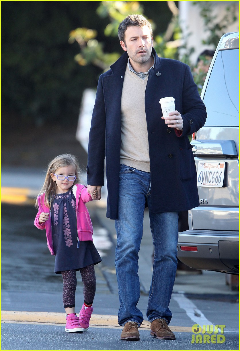 jennifer garner ben affleck separate morning coffee runs 052773170