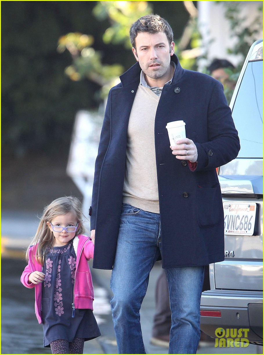 jennifer garner ben affleck separate morning coffee runs 172773182