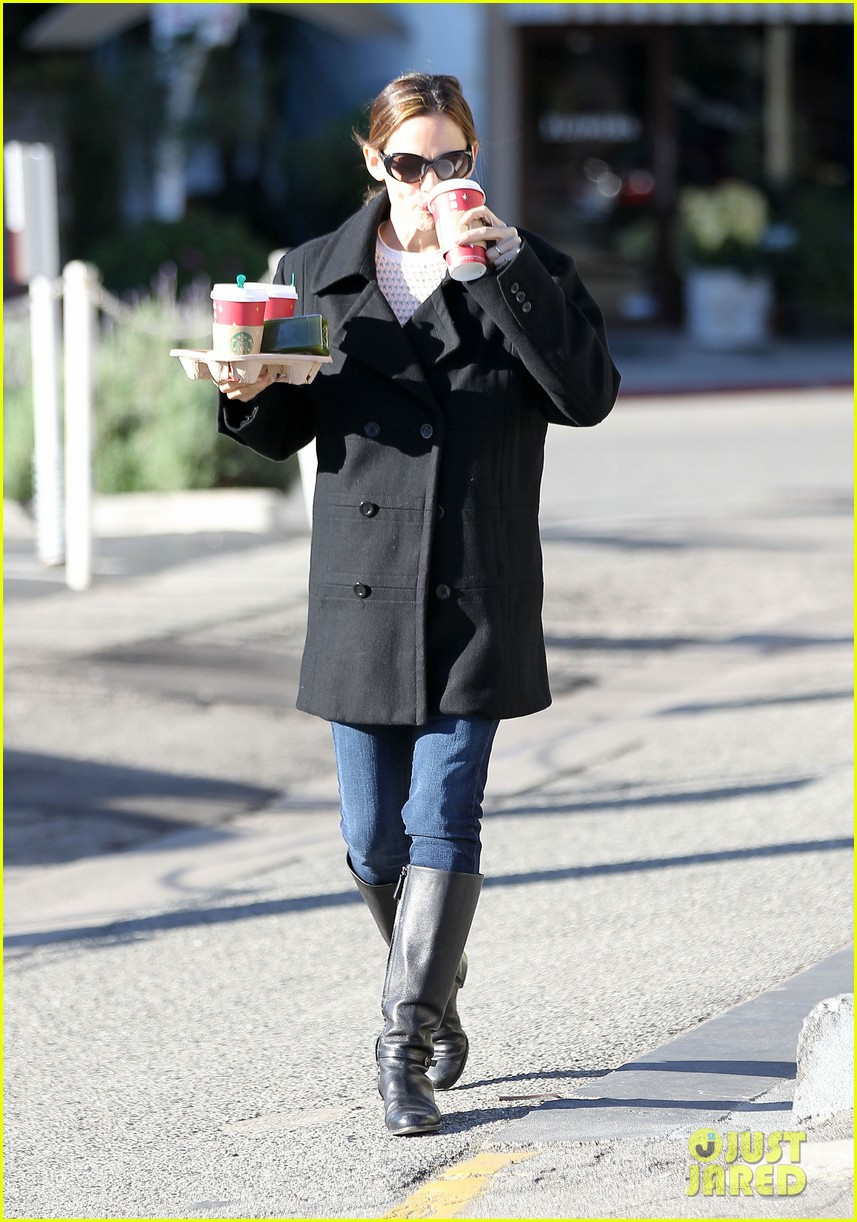 jennifer garner ready for christmas 13