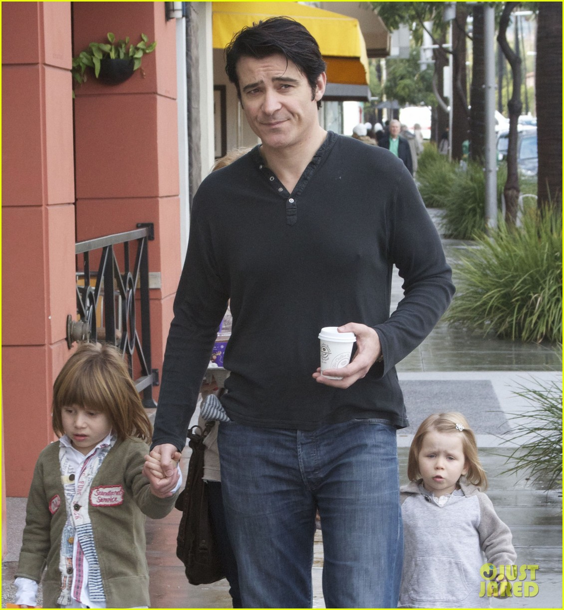 goran visnjic toy shopping with tin vigo 042780986