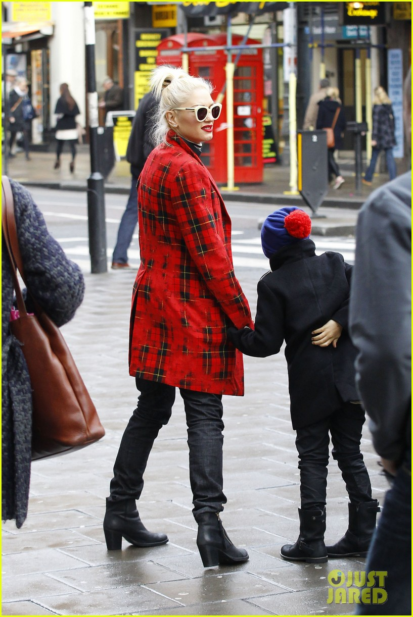 gwen stefani gavin rossdale london family outing 012781809
