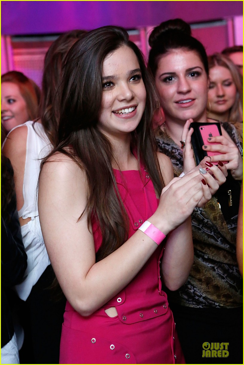 hailee steinfeld sweet 16 celebration 04
