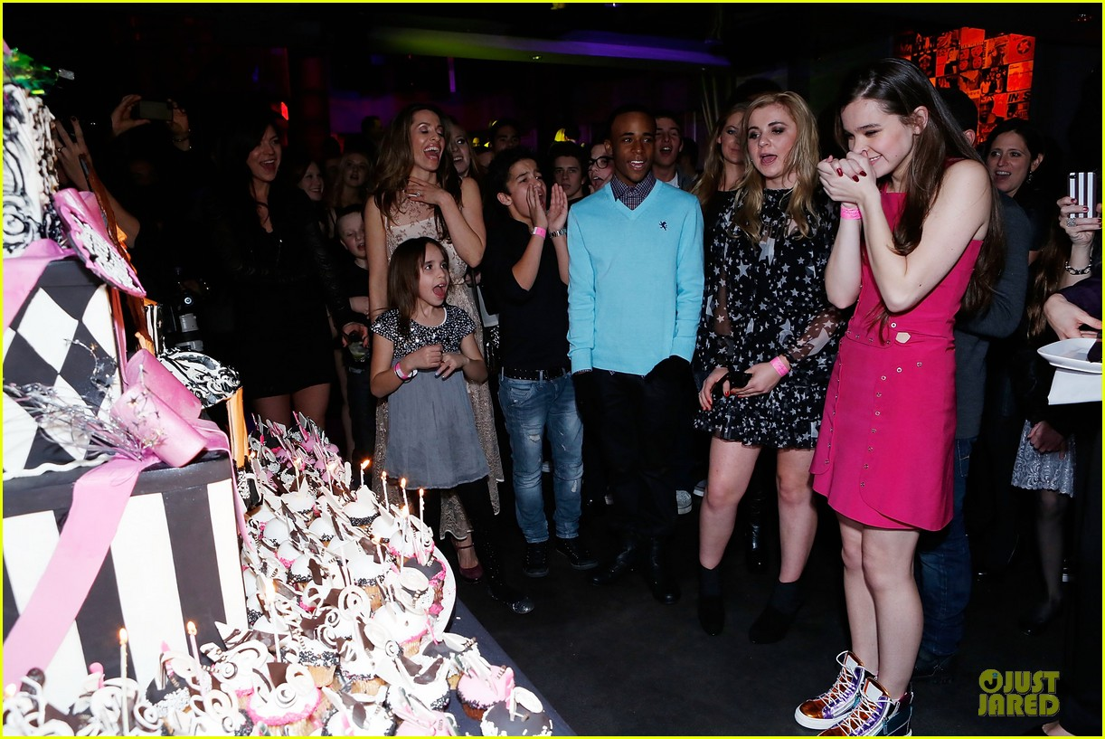 hailee steinfeld sweet 16 celebration 052777370