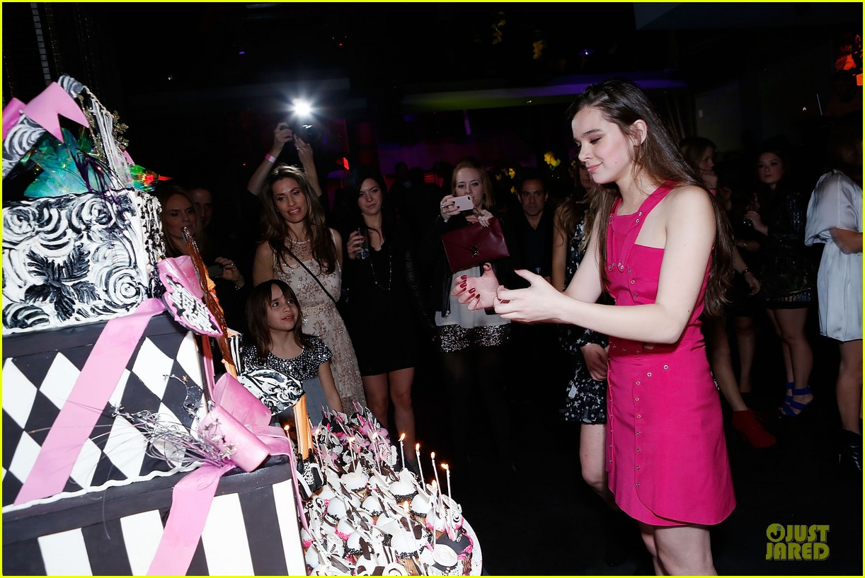 hailee steinfeld sweet 16 celebration 092777374