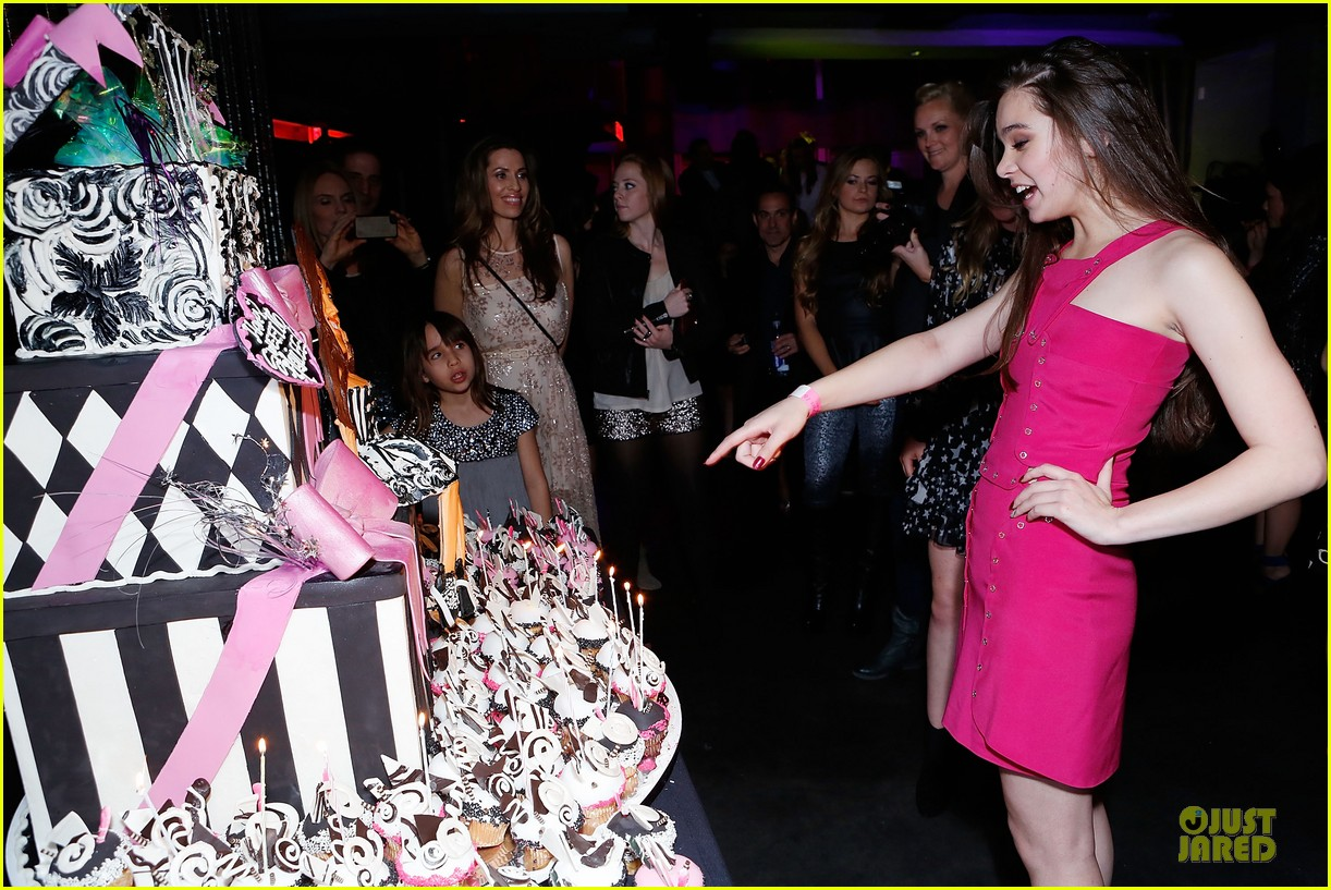 hailee steinfeld sweet 16 celebration 112777376