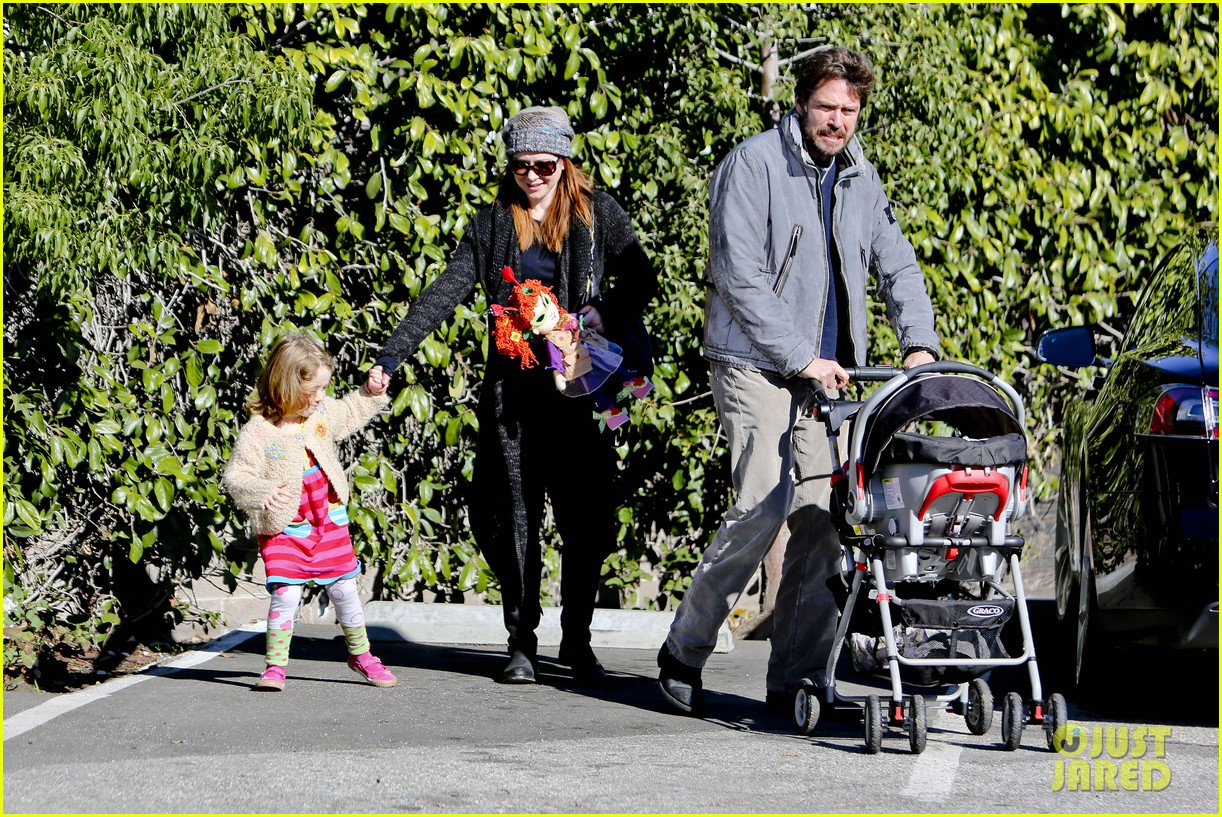 alyson hannigan family day out 162781587