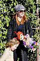 alyson hannigan family day out 05