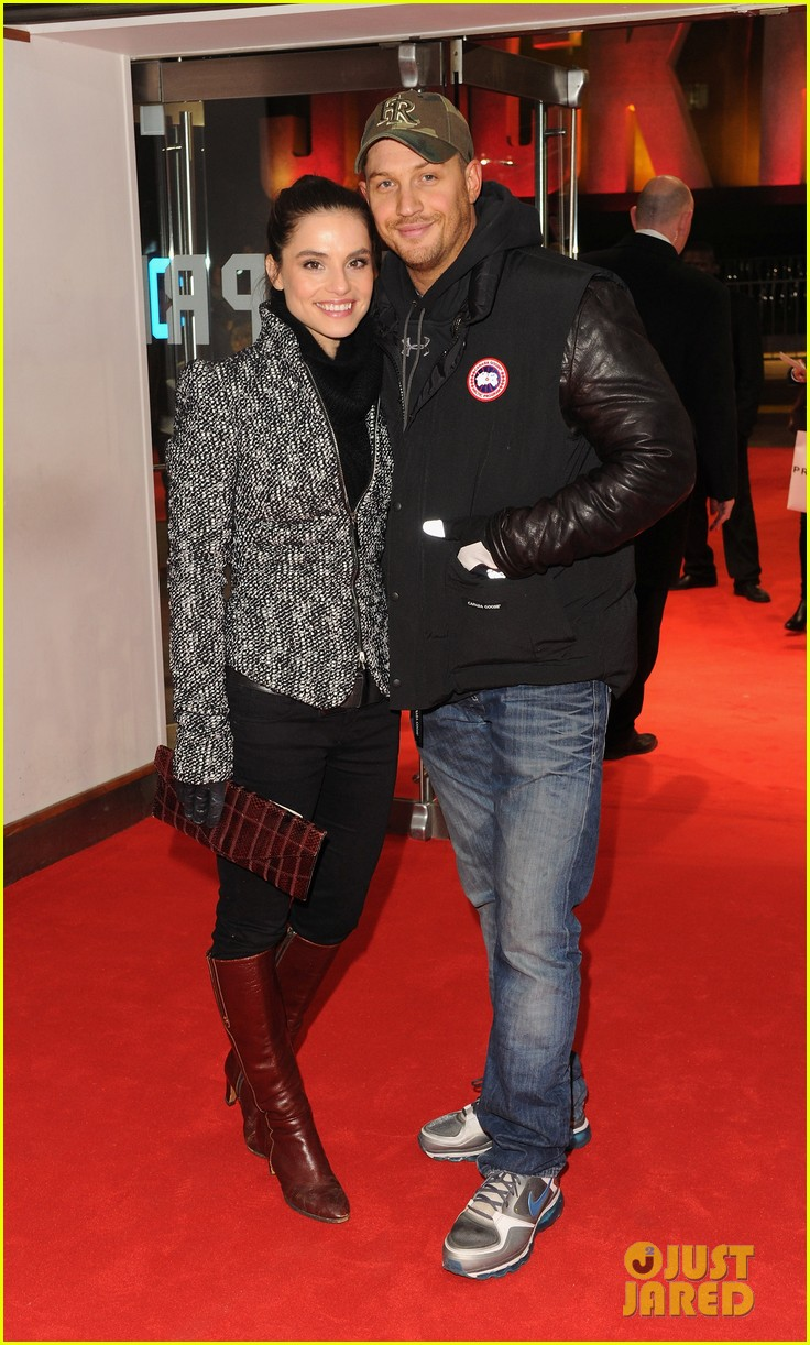 tom hardy jack reacher premiere with charlotte riley 032773108