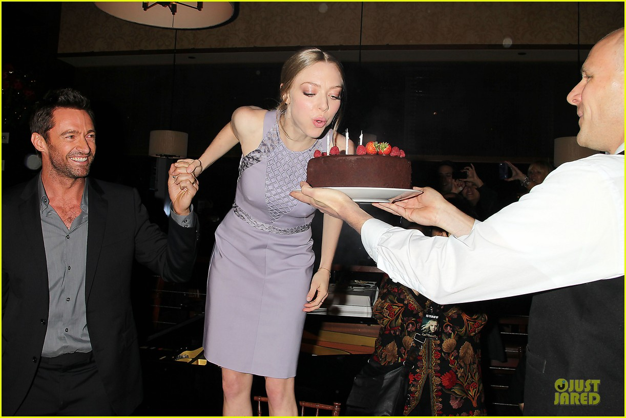 anne hathaway amanda seyfried les miserables new york screening after party 052768235