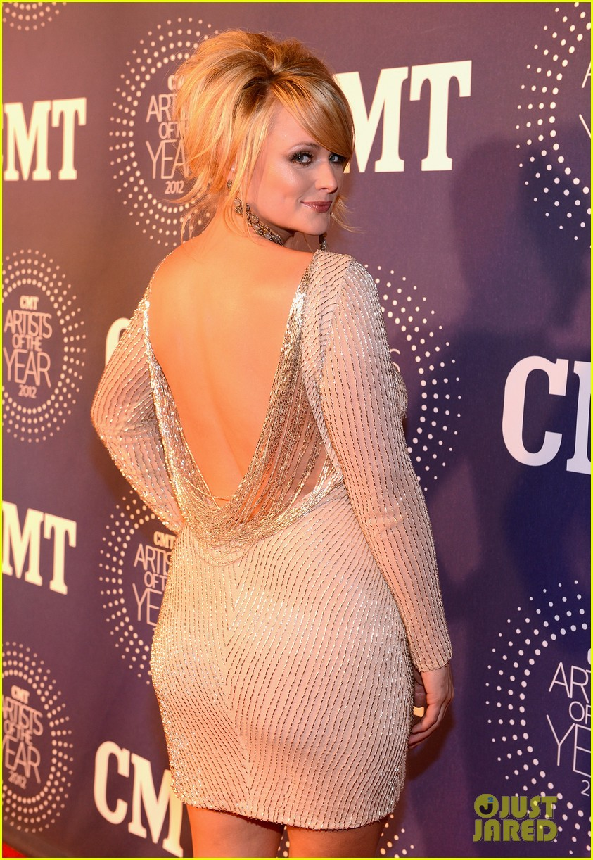 hayden panettiere miranda lambert cmt artist of the year 02