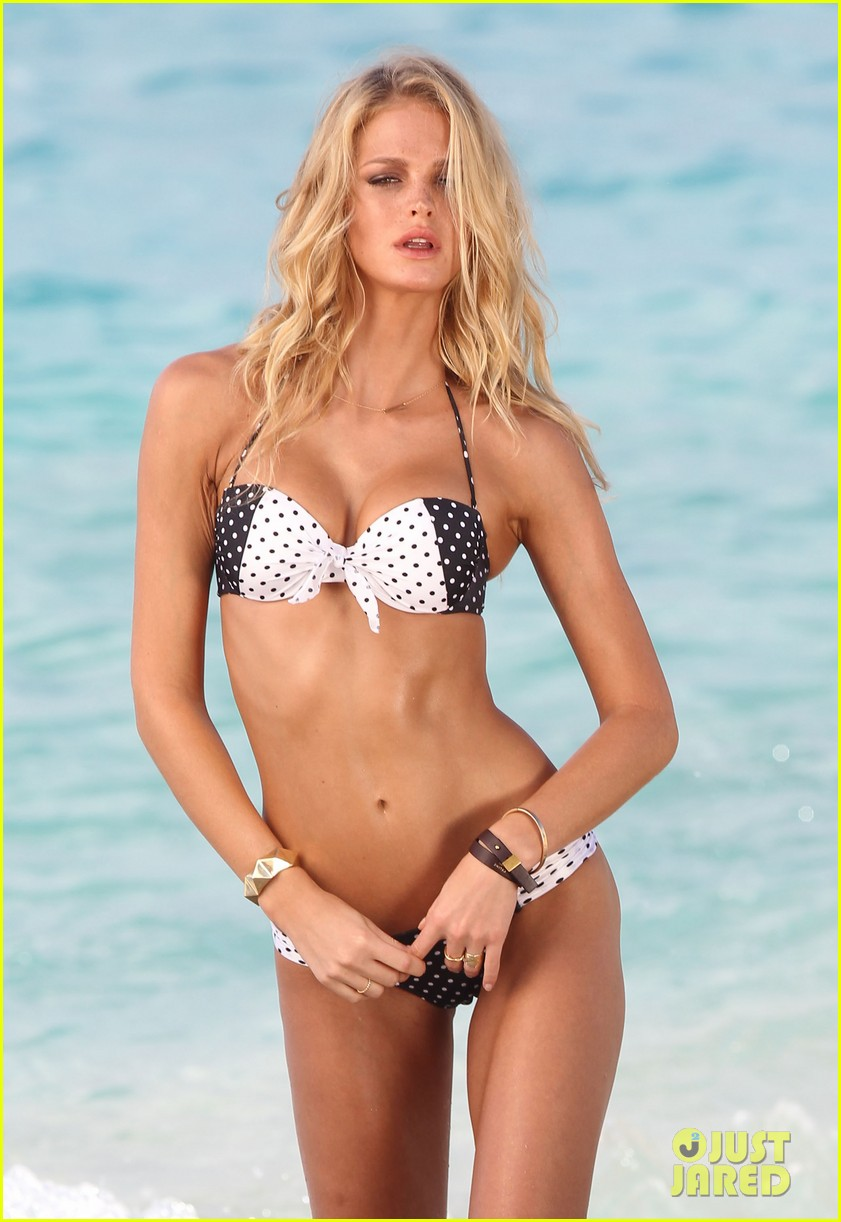erin heatherton bikini photo shoot in st barts 02
