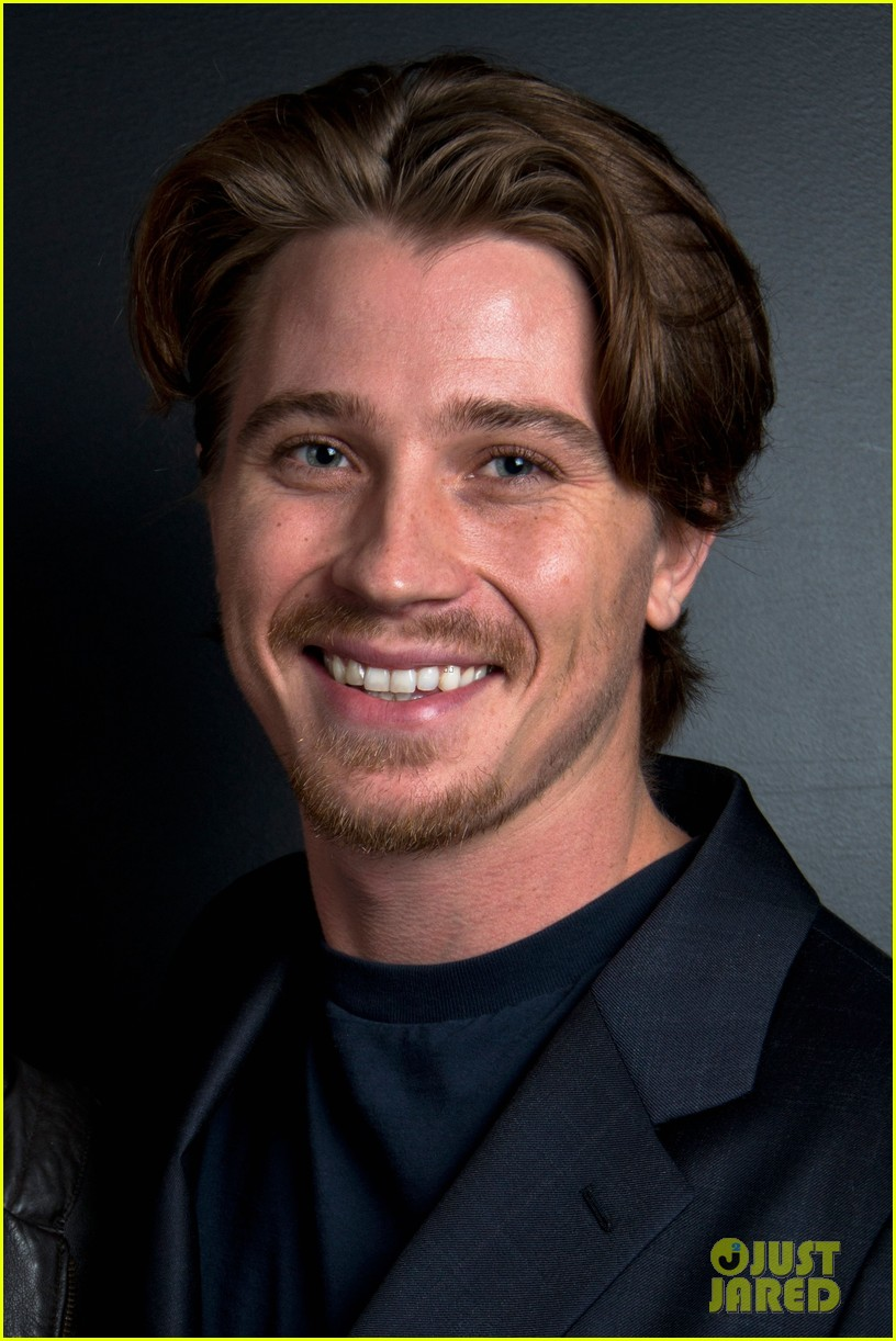 garrett hedlund on the road screening for the wrap 042770506