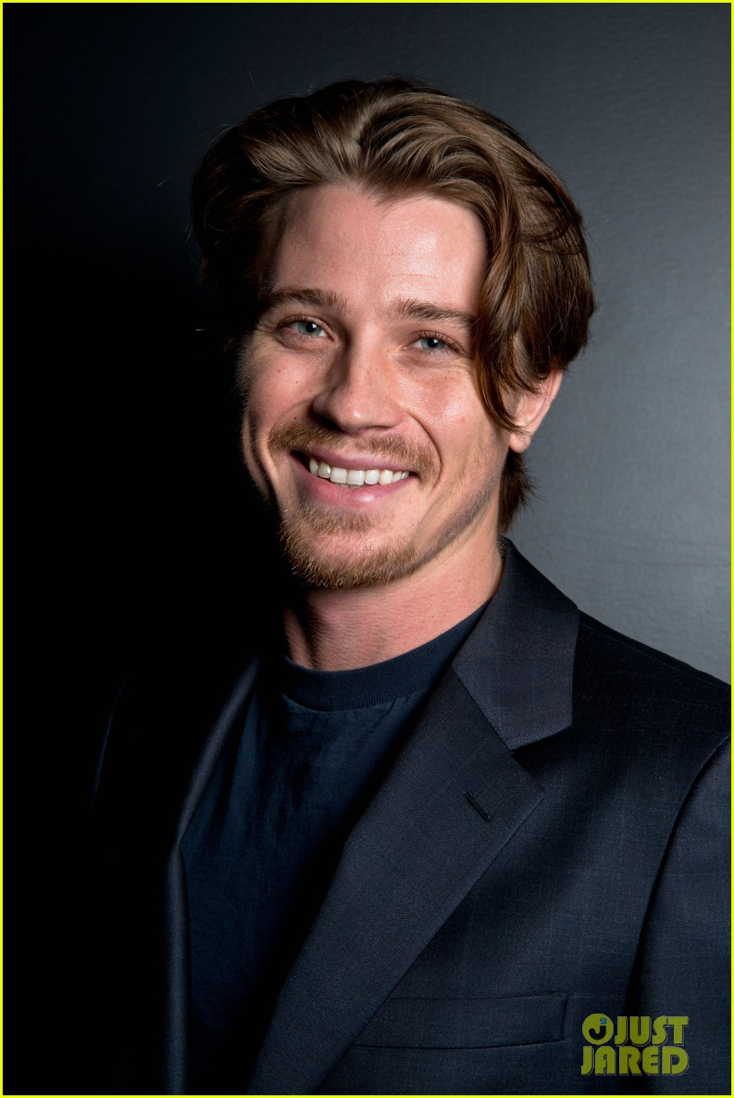 garrett hedlund on the road screening for the wrap 102770512