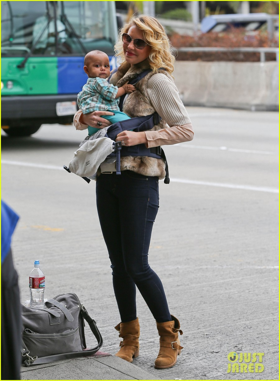 katherine heigl takes off with baby adalaide 092768522
