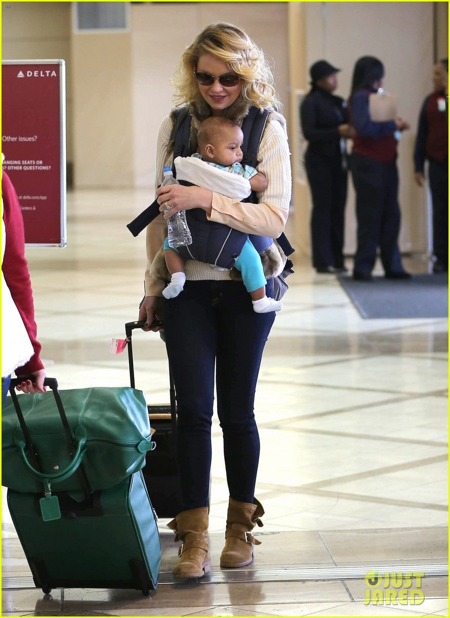 katherine heigl takes off with baby adalaide 122768525