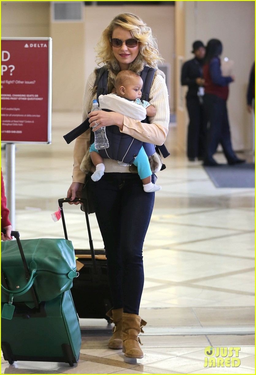 katherine heigl takes off with baby adalaide 132768526