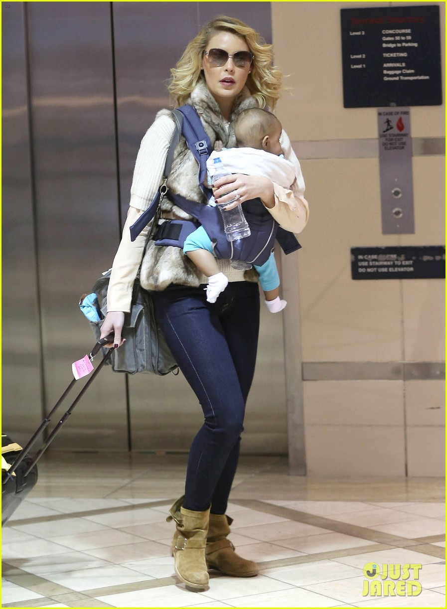 katherine heigl takes off with baby adalaide 202768533