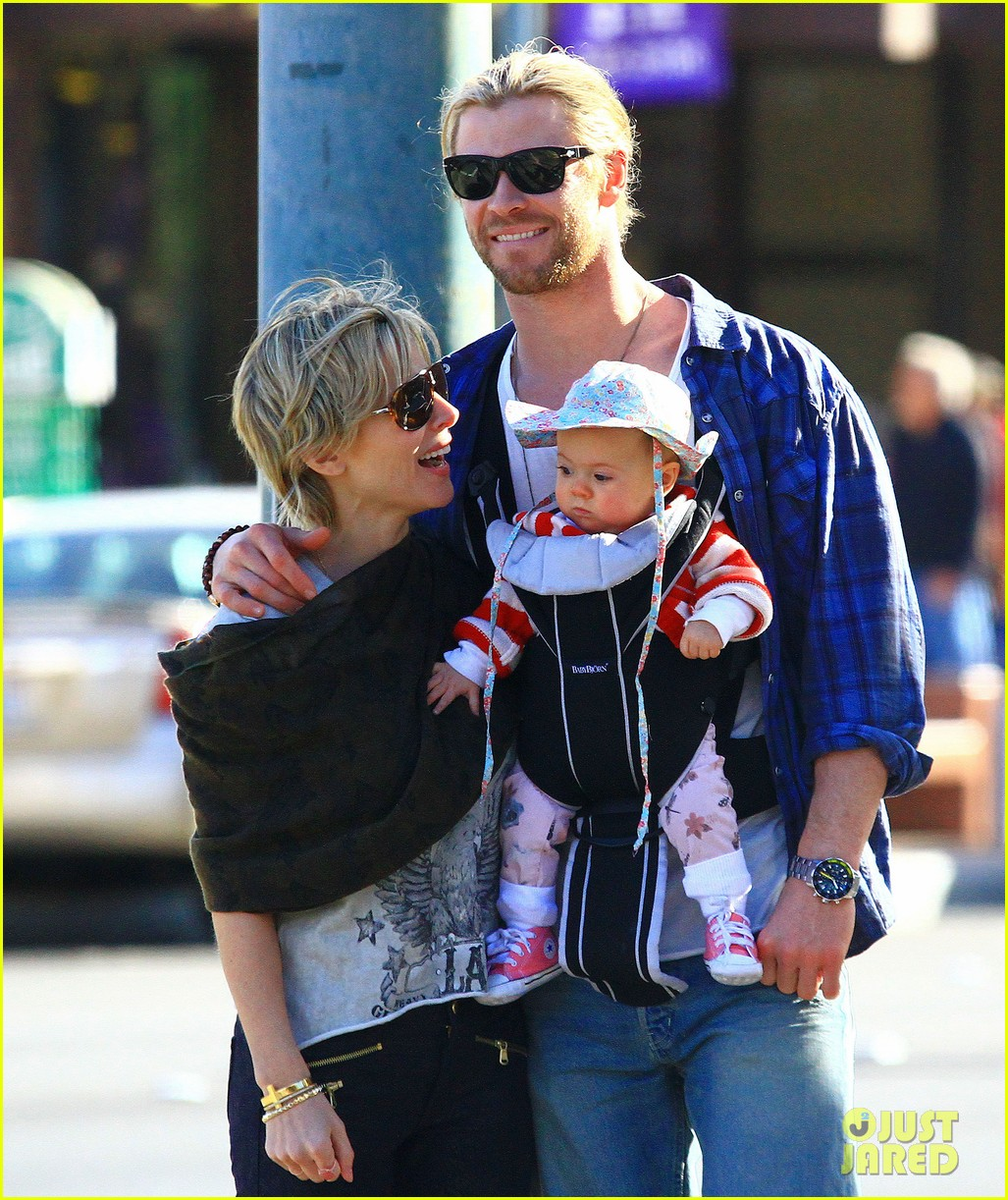 chris hemsworth elsa pataky palm springs stroll with india 222781610