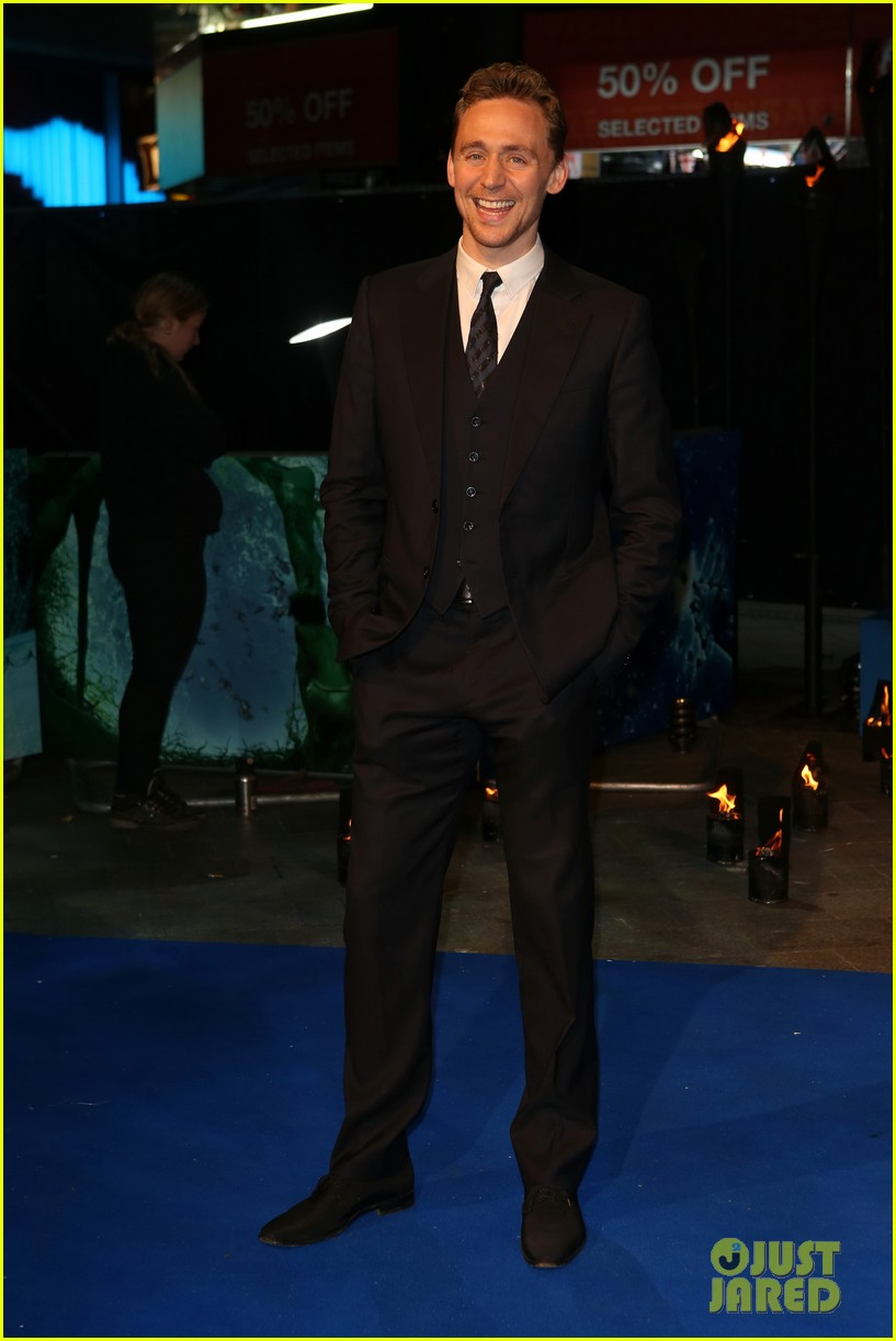 tom hiddleston suraj sharma life of pi uk premiere 012768613