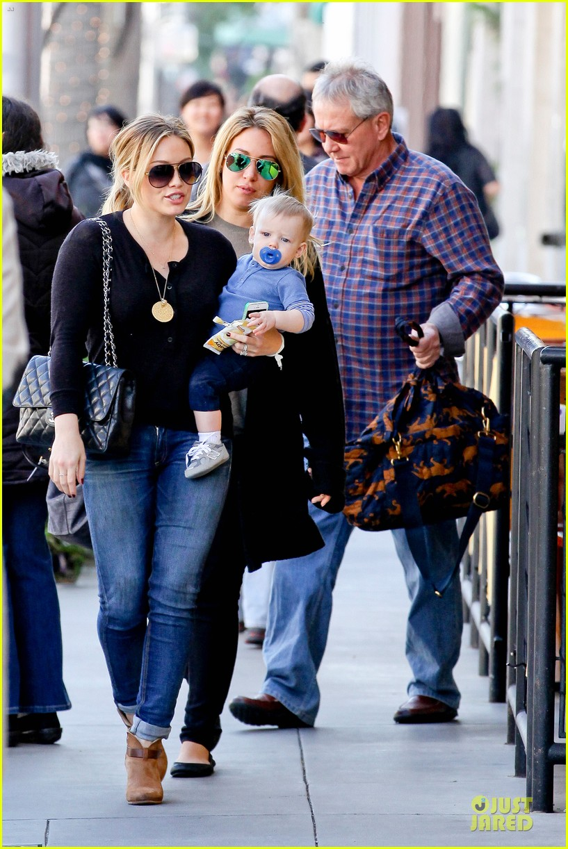 hilary duff & luca lunch with haylie 032779701