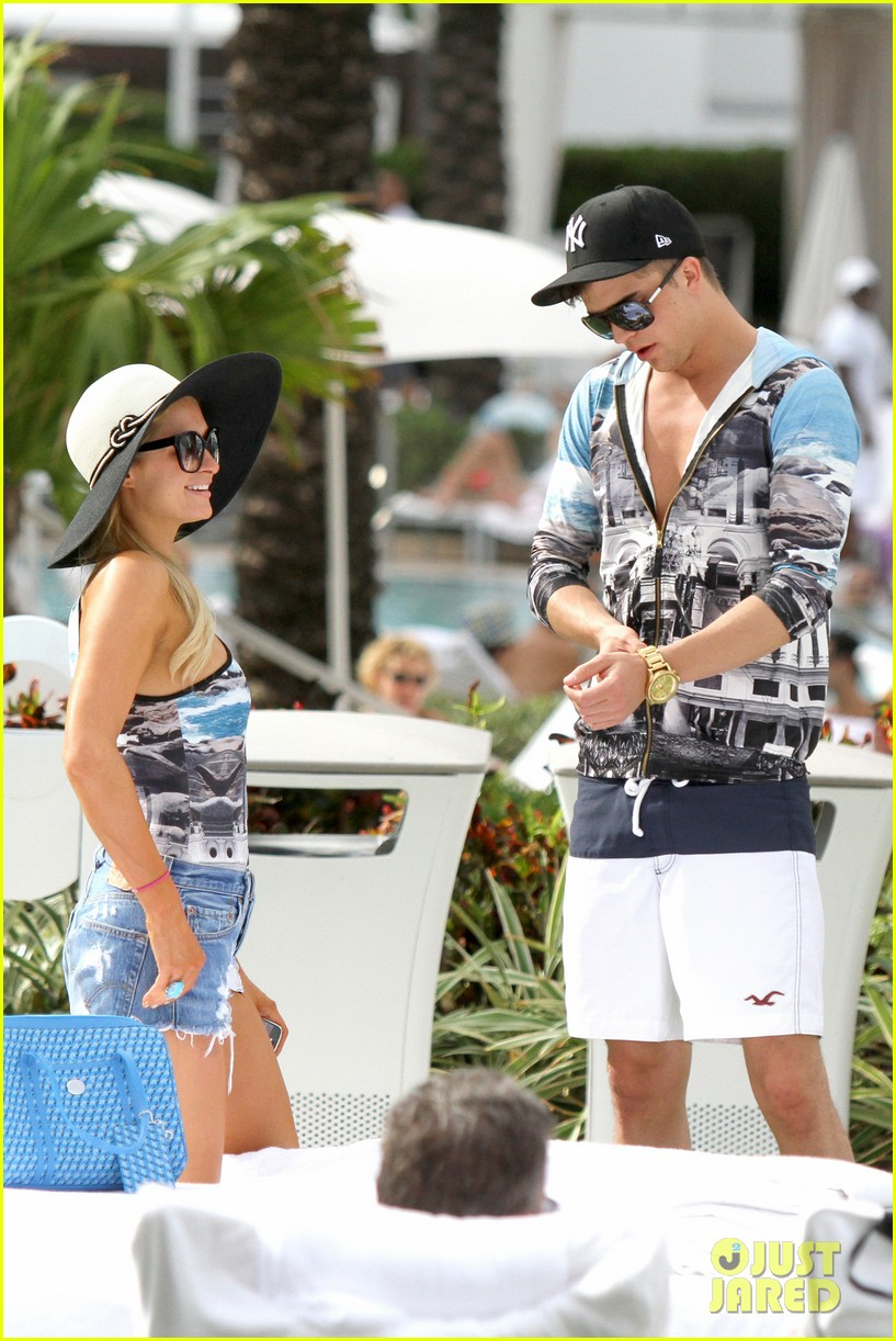 paris hilton shirtless river viiperi miami pool pair 262772031