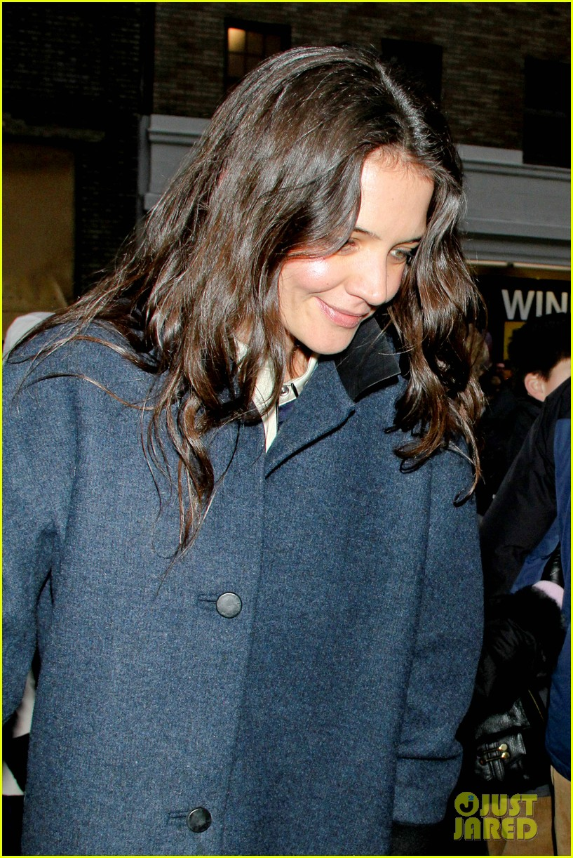 katie holmes dead accounts after christmas 03