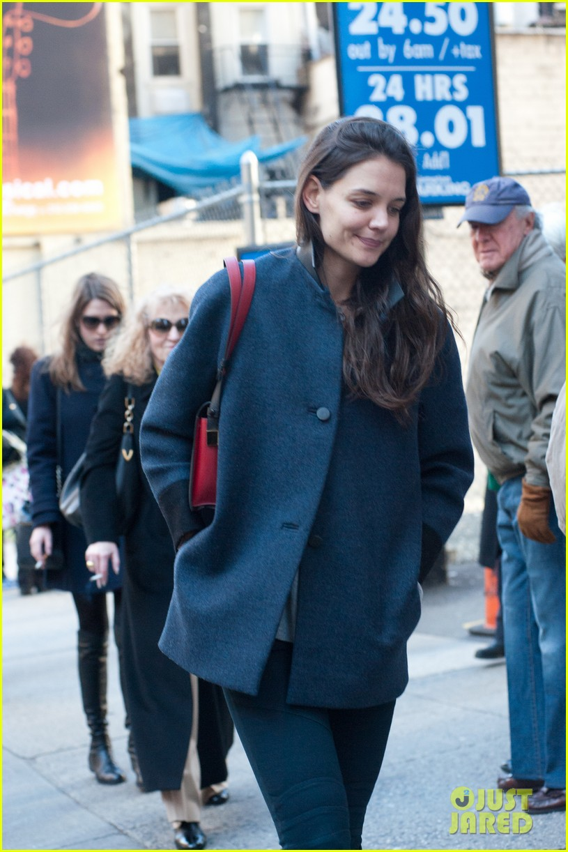 katie holmes back to work after birthday 102778347