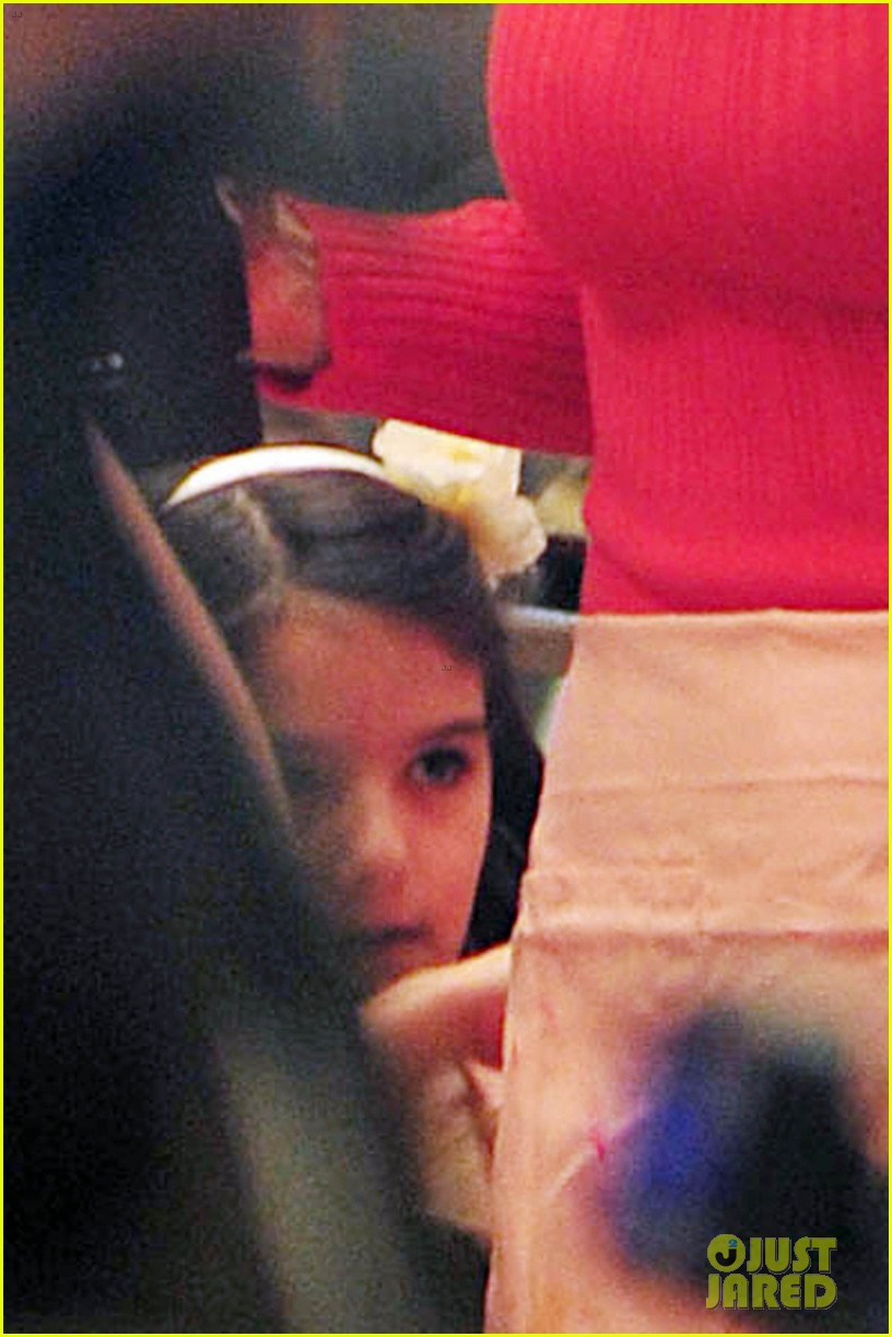 katie holmes birthday breakfast with suri 082777910