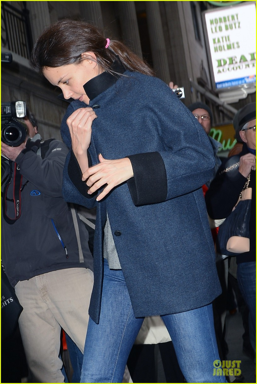 katie holmes work ethic is impressive raves co star judy greer 042767208