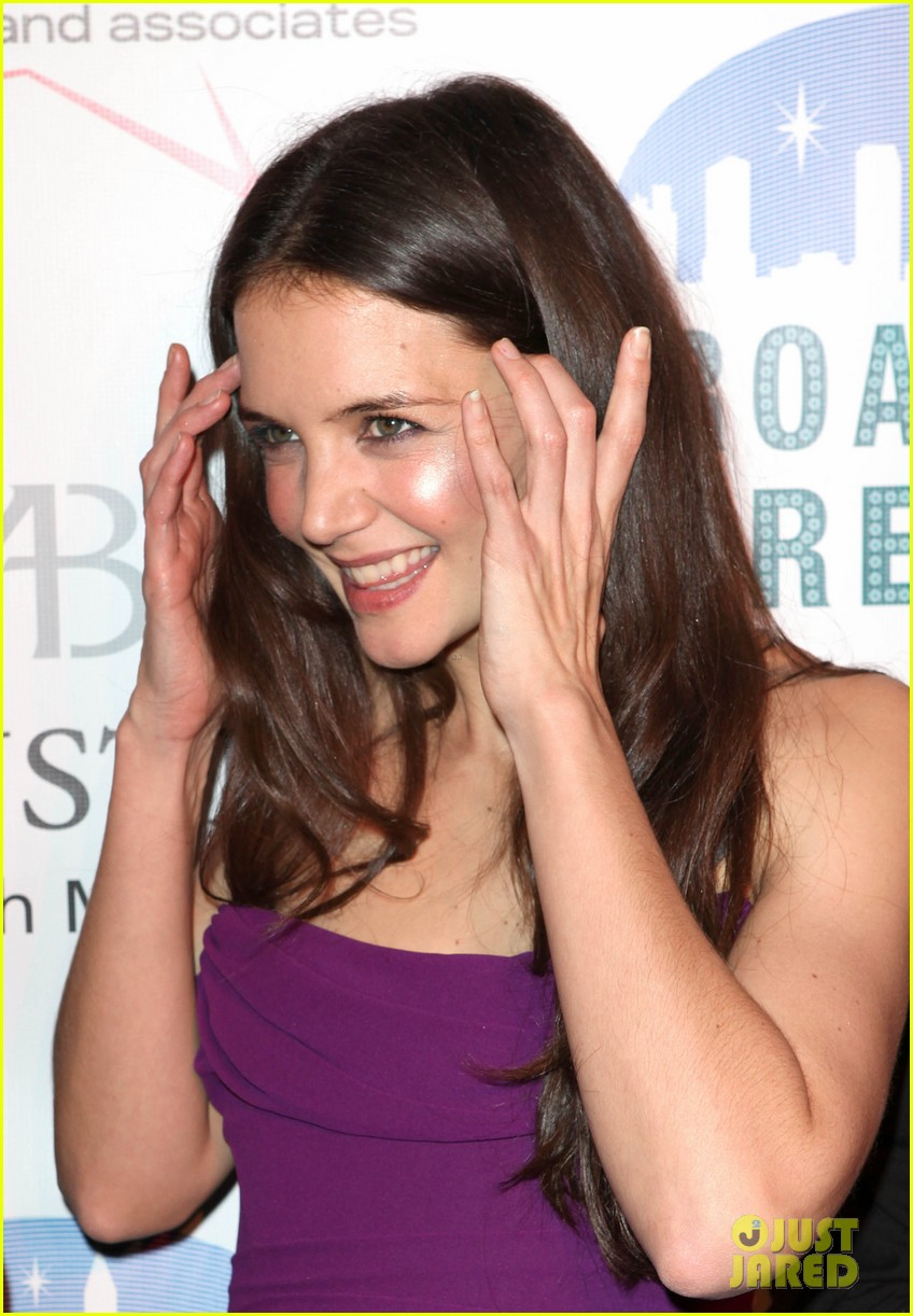 Katie holmes broadway dreams foundation gala photo 2773498 katie holmes broadway dreams foundation gala thecheapjerseys Choice Image