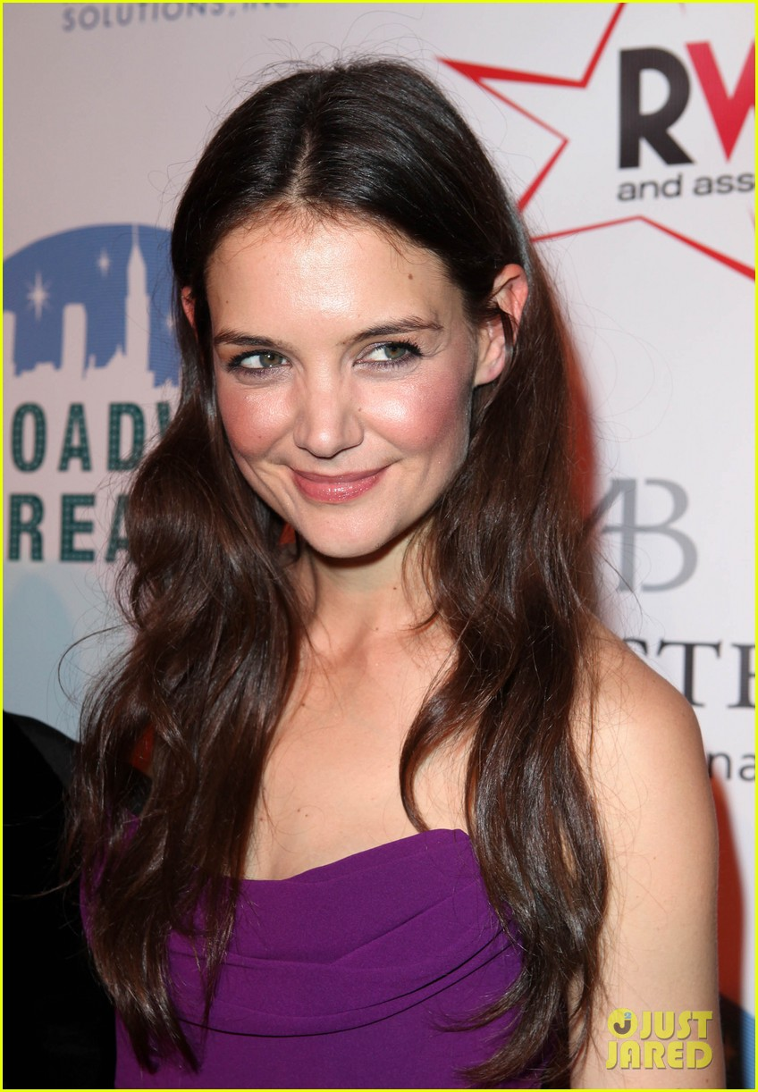 katie holmes broadway dreams foundation gala 082773502