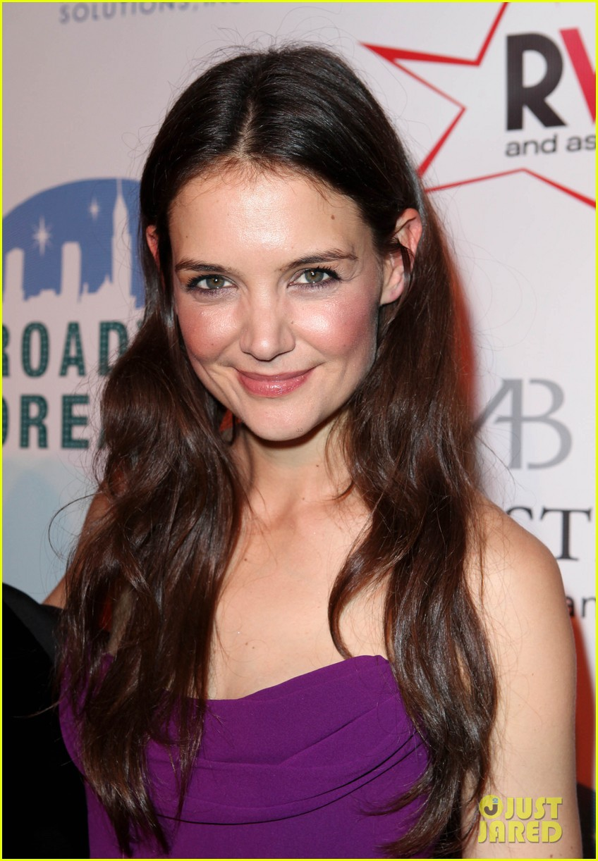 katie holmes broadway dreams foundation gala 09