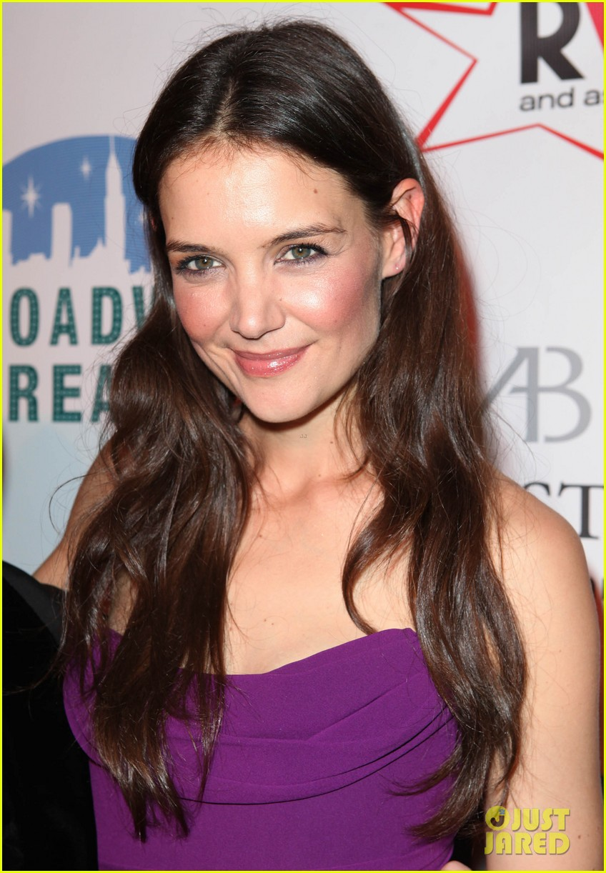 katie holmes broadway dreams foundation gala 102773504