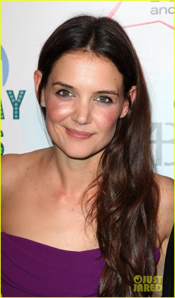 katie holmes broadway dreams foundation gala 14