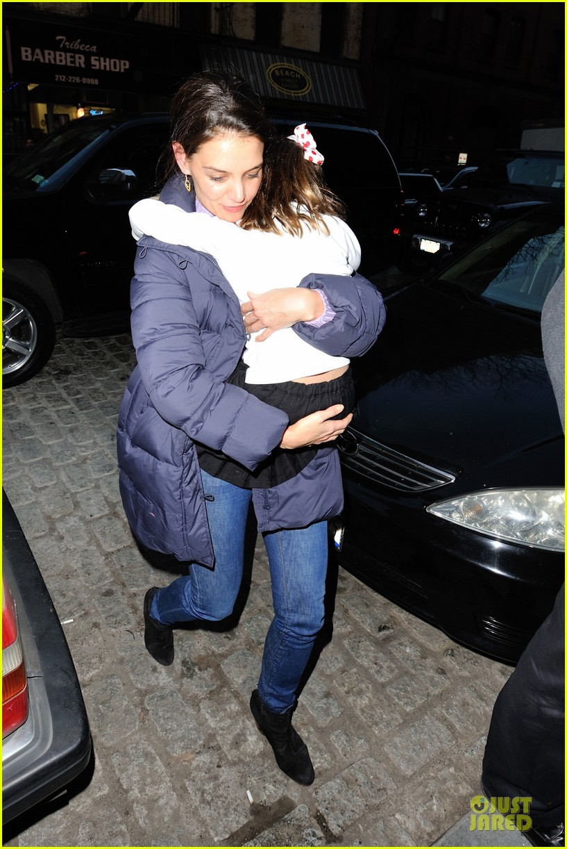 katie holmes kids game with suri 10