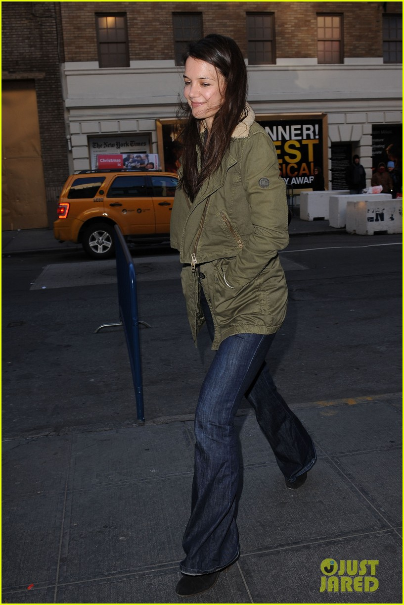 katie holmes dead accounts matinee day 072782492