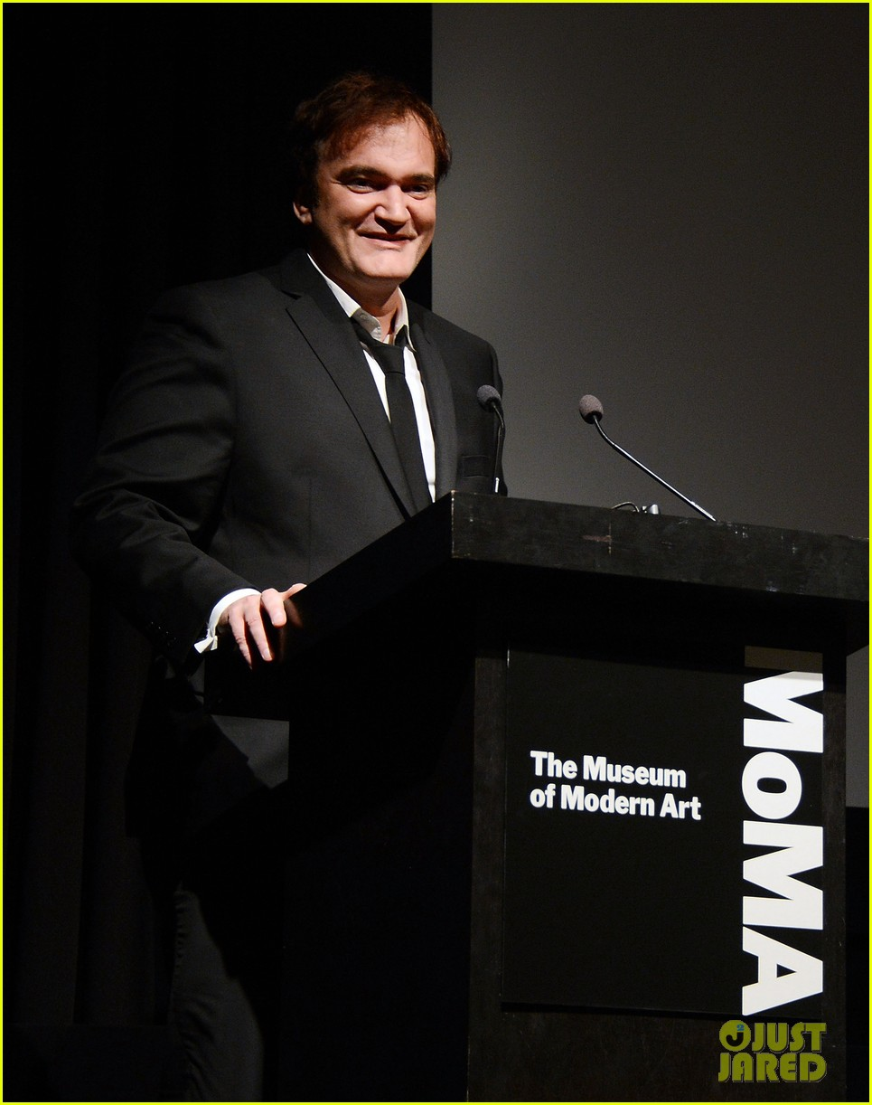 katie holmes honors quentin tarantino at the moma 032768878