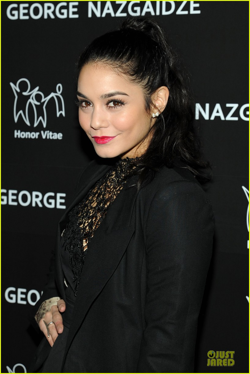 vanessa hudgens charity meets fashion holiday celebration 022777543