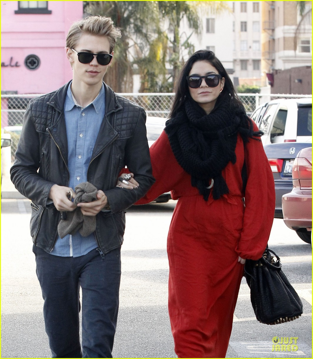 vanessa hudgens & austin butler church going couple 042782611
