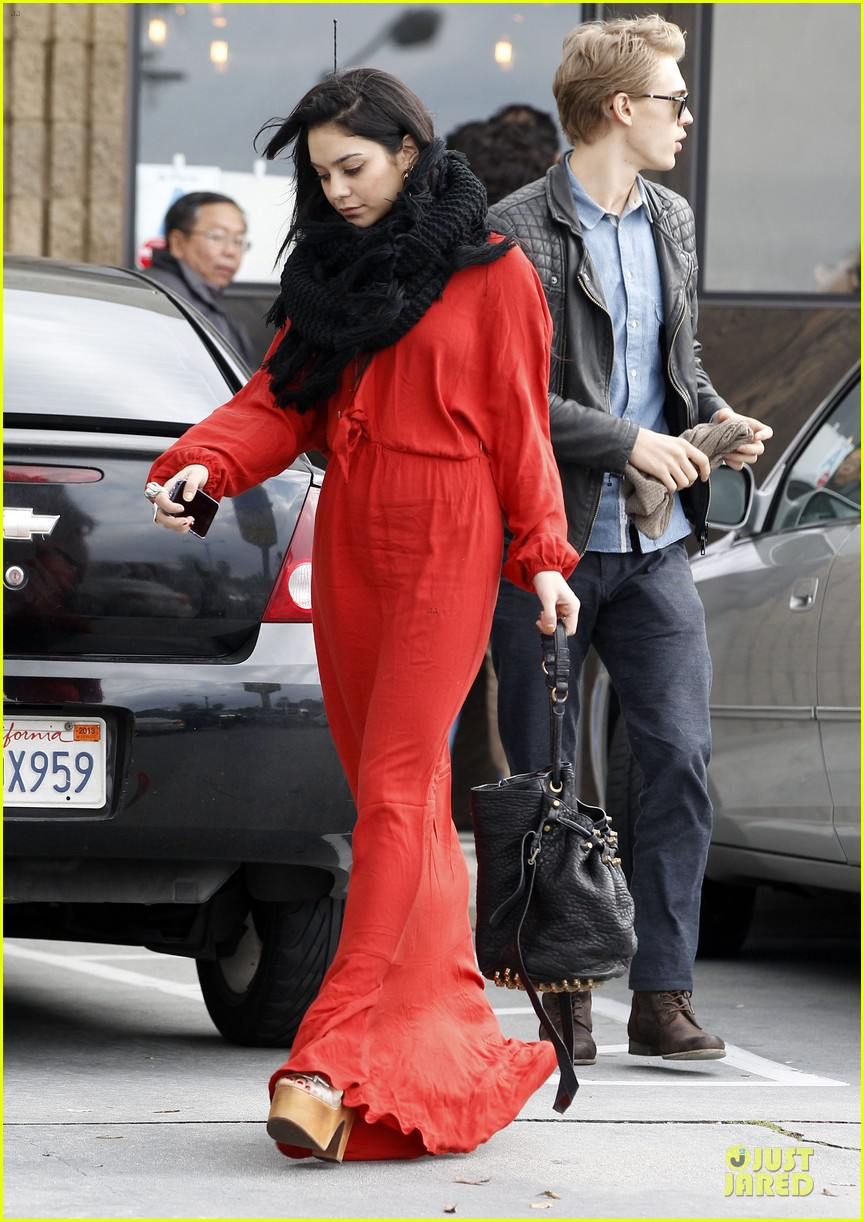 vanessa hudgens & austin butler church going couple 192782626