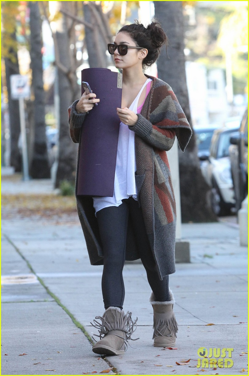 vanessa hudgens post christmas yoga class 142781115