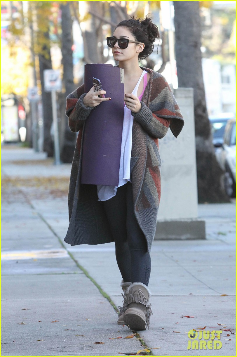 vanessa hudgens post christmas yoga class 152781116