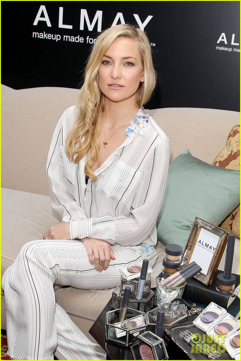 kate hudson the impossible screening with naomi watts 112768564