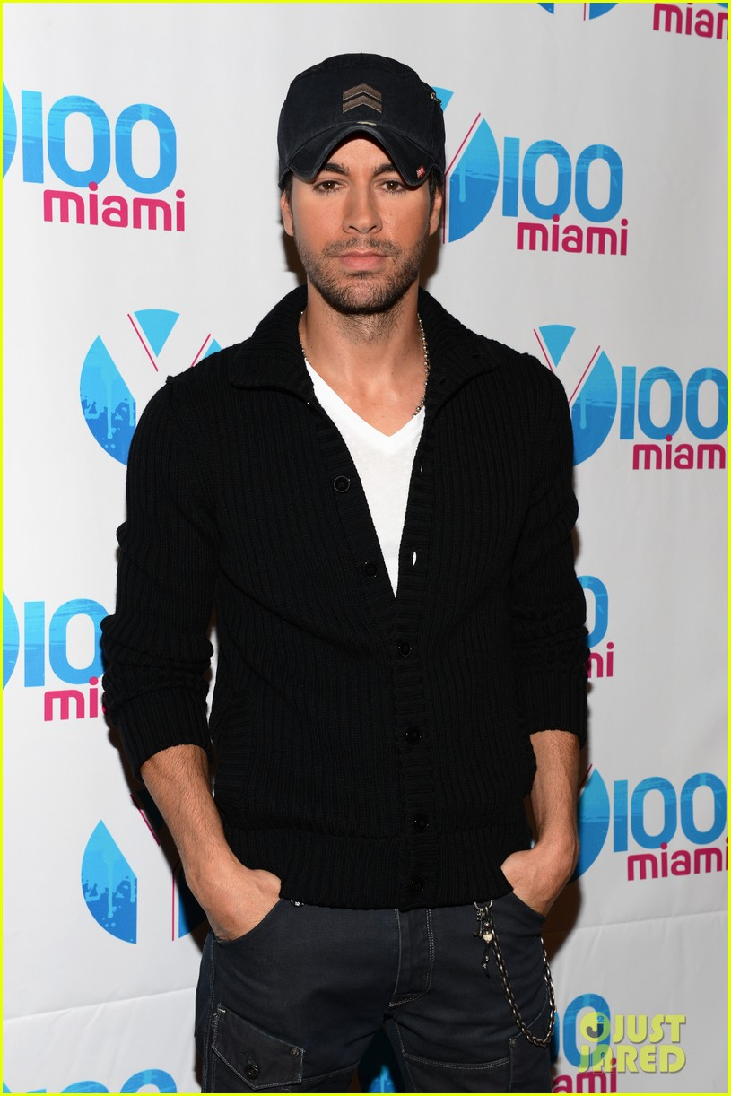 enrique iglesias anna kournikova y100 jingle ball 2012 072772247