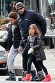 hugh jackman christmas tree shopping with the kids 03
