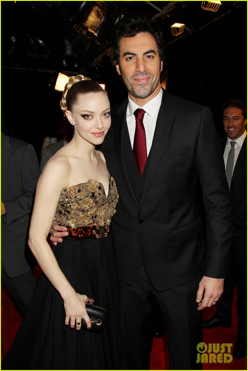 hugh jackman russell crowe les miserables nyc premiere 152773310